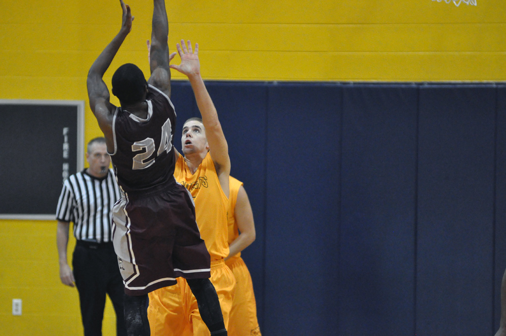 5th vs. Great Lakes Christian College Photo
