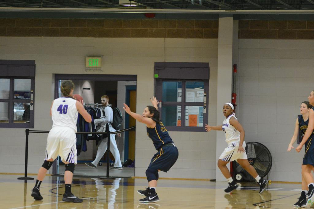 13th WBB at Goshen College 1.21 Photo
