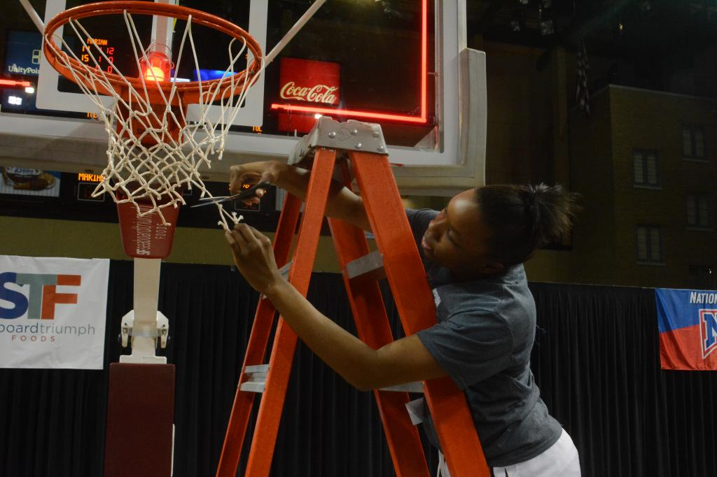 32nd WBB Championship Celebration Photo