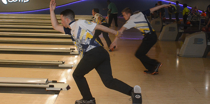 Bowling Teams Compete in Pair of Las Vegas Tournaments