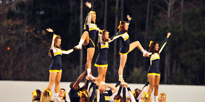 Watson Announces 2015-16 Cheer Squad