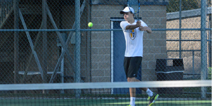 Men�s Tennis Makes Quick Work of St. Francis