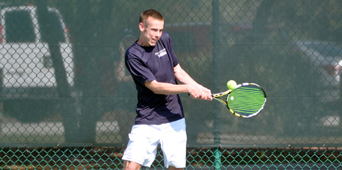 Sophomore Jason Denton earned a massive win at No. 1 singles over the ITA's 30th-ranked player on Sunday.