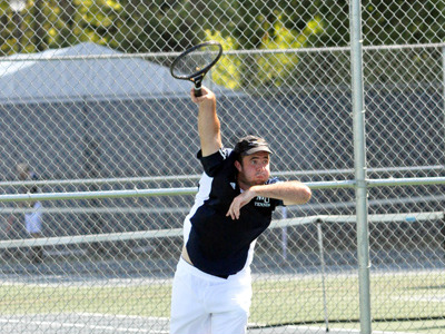 Junior Tyler Scanlan fought at the No. 5 singles position, but fell in a third-set tiebreaker on Friday evening.