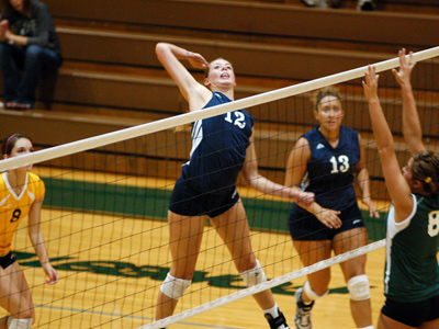 Senior Sadie Dizney tallied a match-high 13 kills in a three-set sweep of Indiana Wesleyan on Thursday night.
