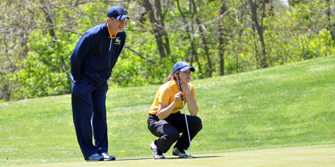 Knights Finish Third at Midwest Collegiate