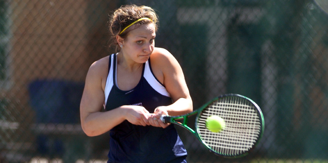 Freshman Anna Potter set a new single-season singles wins record with 22 after a straight-sets win on Thursday.