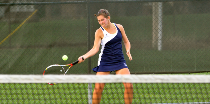 Junior Olivia Pursell moved to 16-3 with a 6-0, 6-3 win at No. 4 singles on Friday.